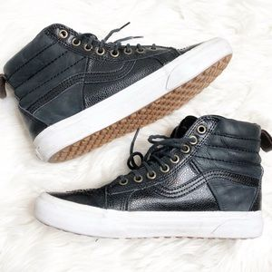 Vans Off The Wall SK8-Hi Leather  Sneakers 8W 6.5M